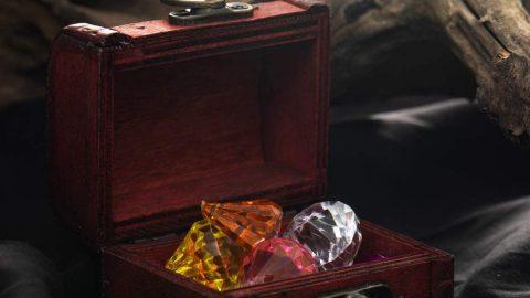 Coloful Diamond Set with Treasure Box